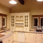 Hand painted kitchen & room redcoeration