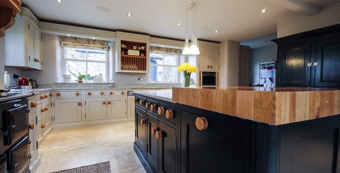 kitchen cabinet  painters Manchester