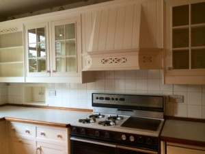 Repainting Smallbone kitchen