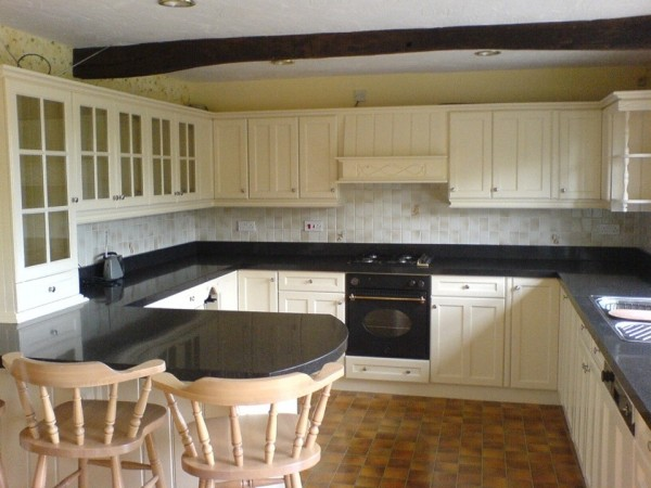 Kitchen Painters Lancashire | JS Decor | Cheshire | Hand Painted Kitchens | Preston | Merseyside | Wilmslow | Hale