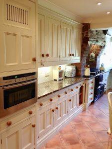 kitchen cabinet painter Liverpool Merseyside